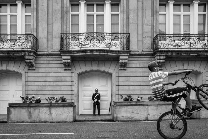 Un joven ciclista