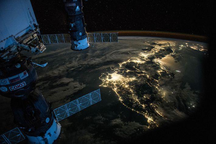 Fotografía de Japón desde el espacio