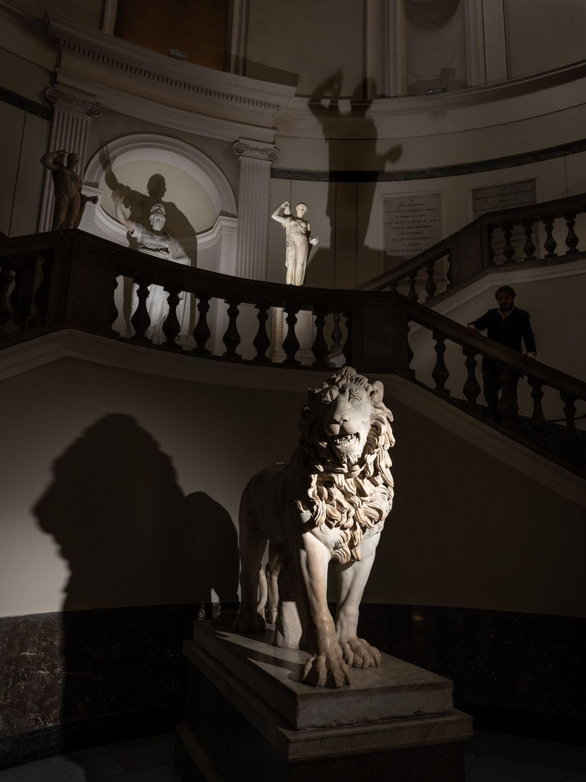 Estatua romana de un león