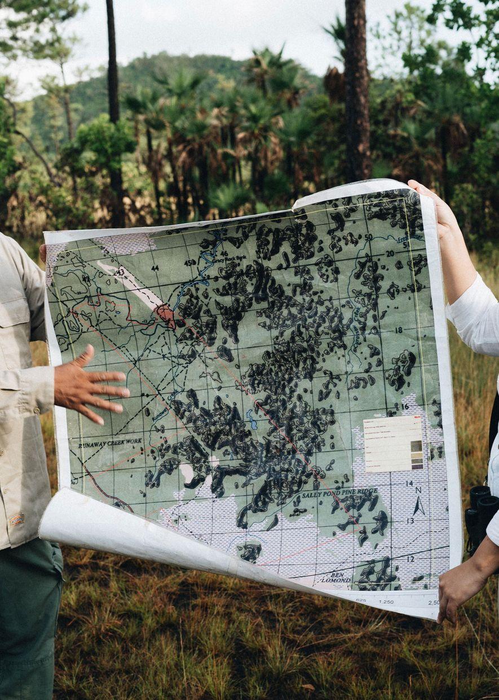 Mapa de Runaway Creek, un terreno privado protegido. La privatización de tierras es problemática en Belice, ...