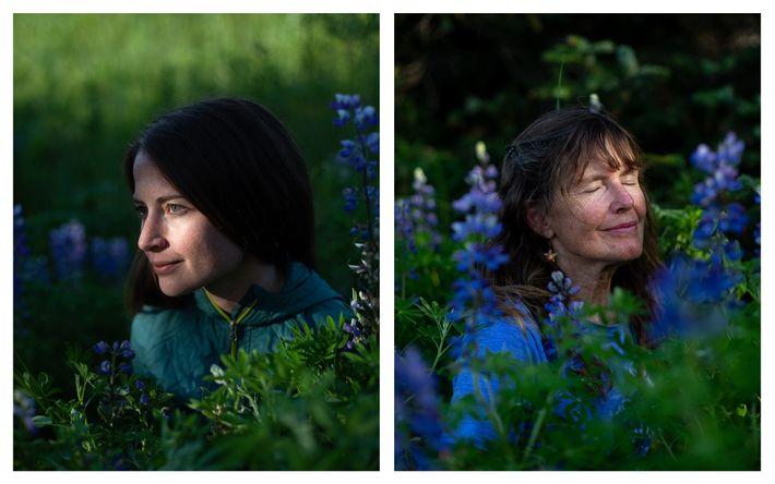 Autorretrato de Acacia Johnson y su madre, Leslie Johnson
