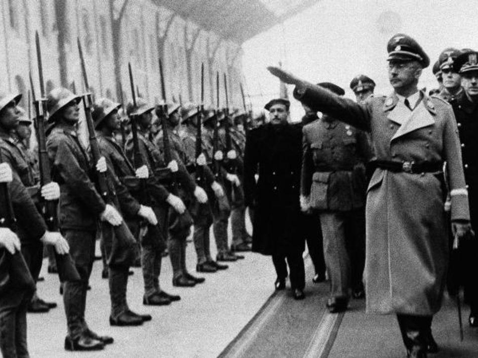 Montserrat, Heinrich Himmler y el cáliz de Cristo