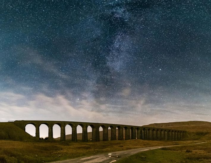 La Vía Láctea sobre el viaducto de Ribblehead