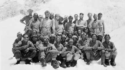 Este es el último miembro superviviente de la primera expedición que encumbró el Everest
