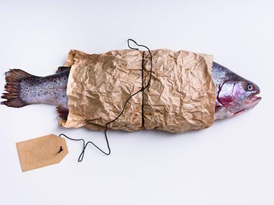Consejos para asegurarte de comprar salmón sostenible
