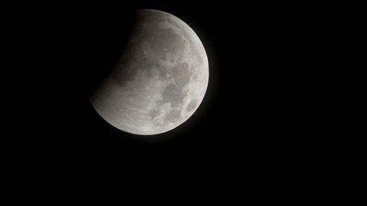 Cómo ver el eclipse de luna de sangre más largo del siglo