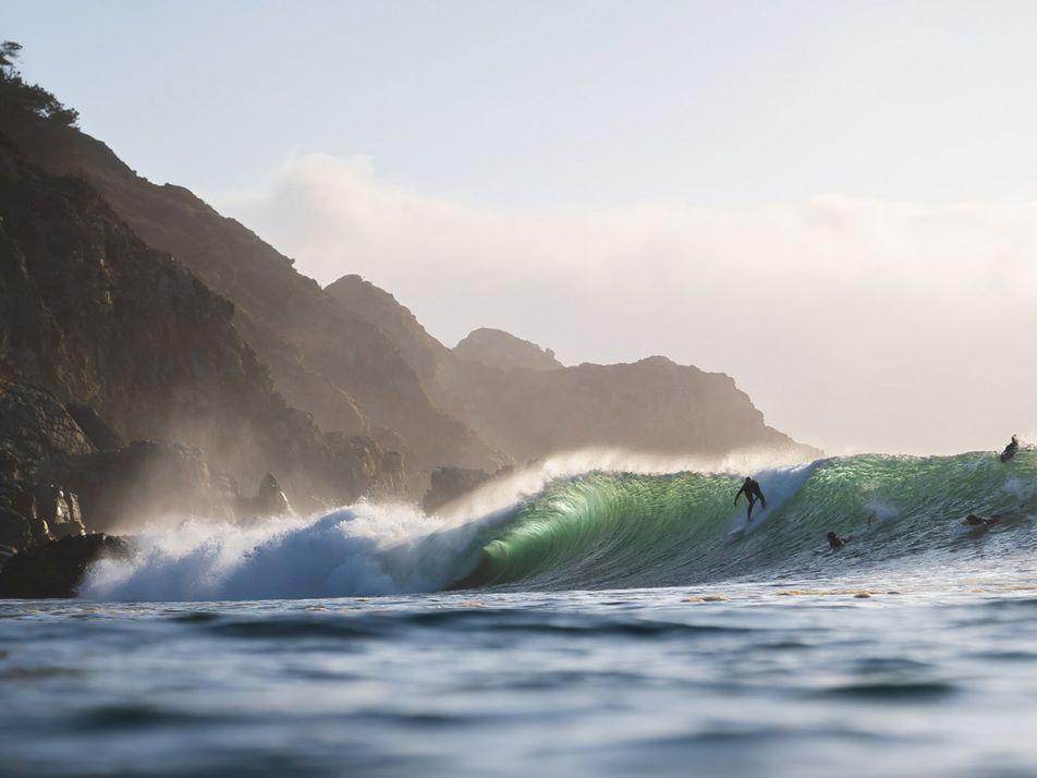 Las mujeres son pioneras en este prometedor destino de surf