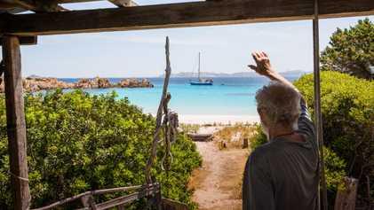 Fotografías: el «náufrago » de la isla de Budelli