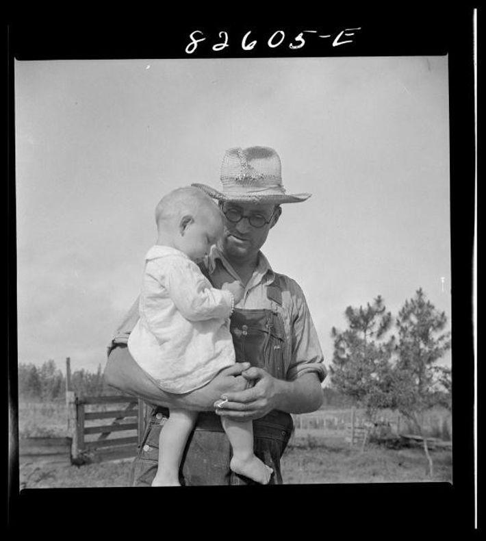 George McLelland y su hijo