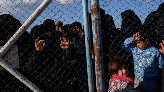 Con la caída del Estado Islámico en el norte de Siria, surge una crisis humanitaria