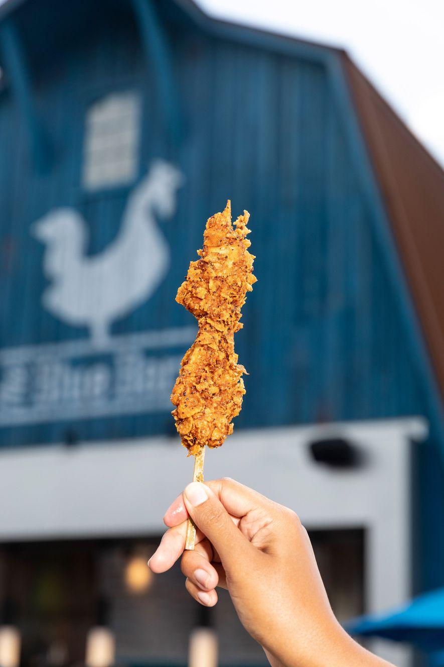 La brocheta de pollo picante Nashville es uno de los platos que debutan en la feria este año.