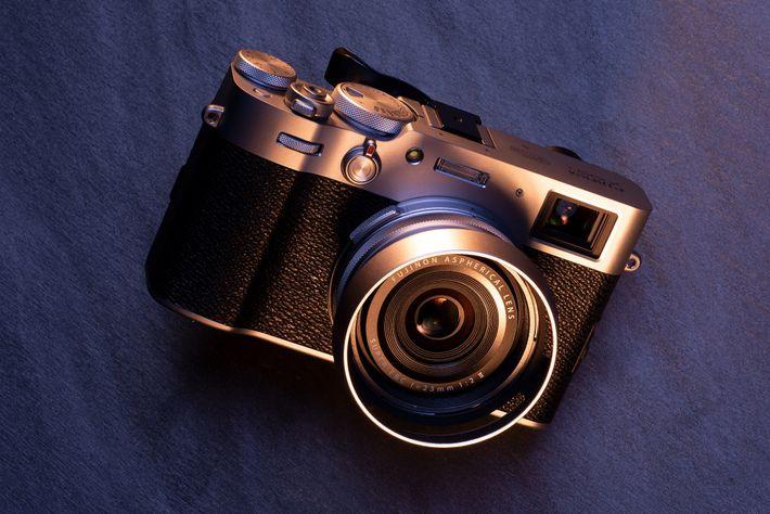 Cámara X100V de Fujifilm