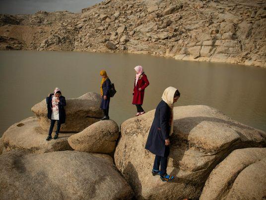 ¿Qué les espera a las mujeres que no han podido salir de Afganistán?