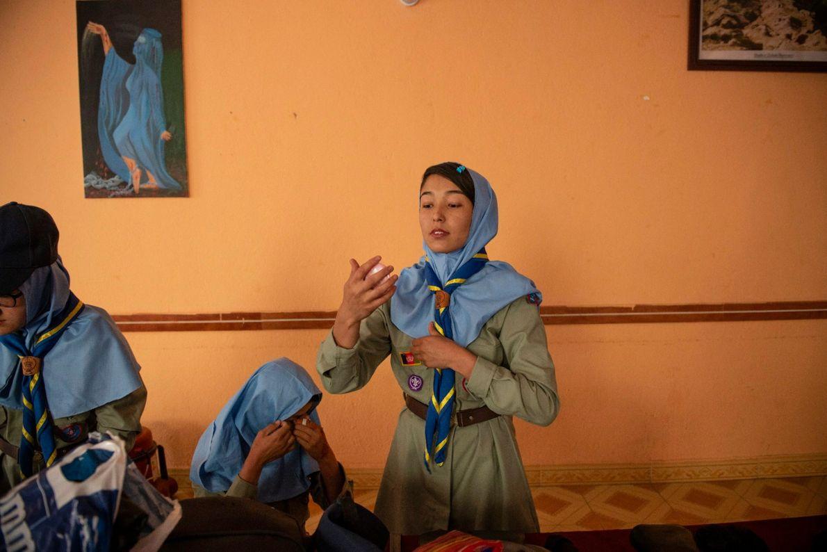 Aprendiendo a ser Girl Scouts