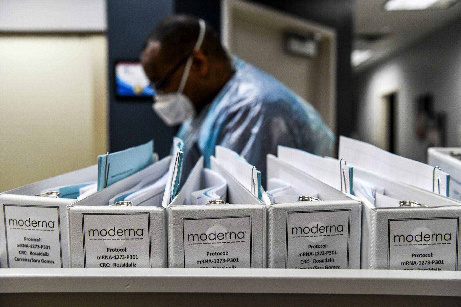 Por qué Moderna podría tener ventaja en la carrera por la vacuna anti-COVID-19: la refrigeración