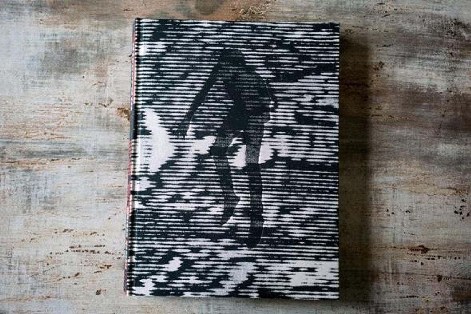 """Libro de Moises Saman, """"Discordia"""""""