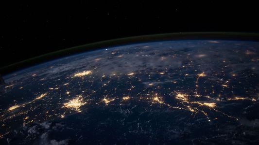 El polo magnético norte de la Tierra se desplaza de forma impredecible