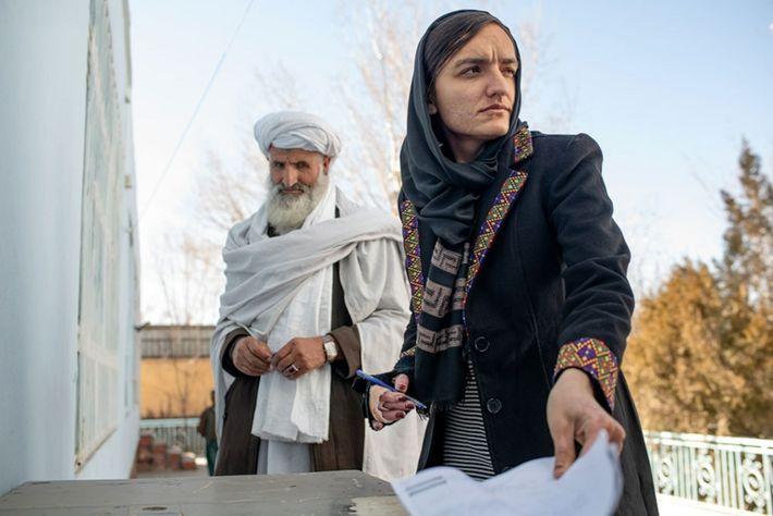 Zarifa Ghafari, una de las primeras alcaldesas en Afganistán