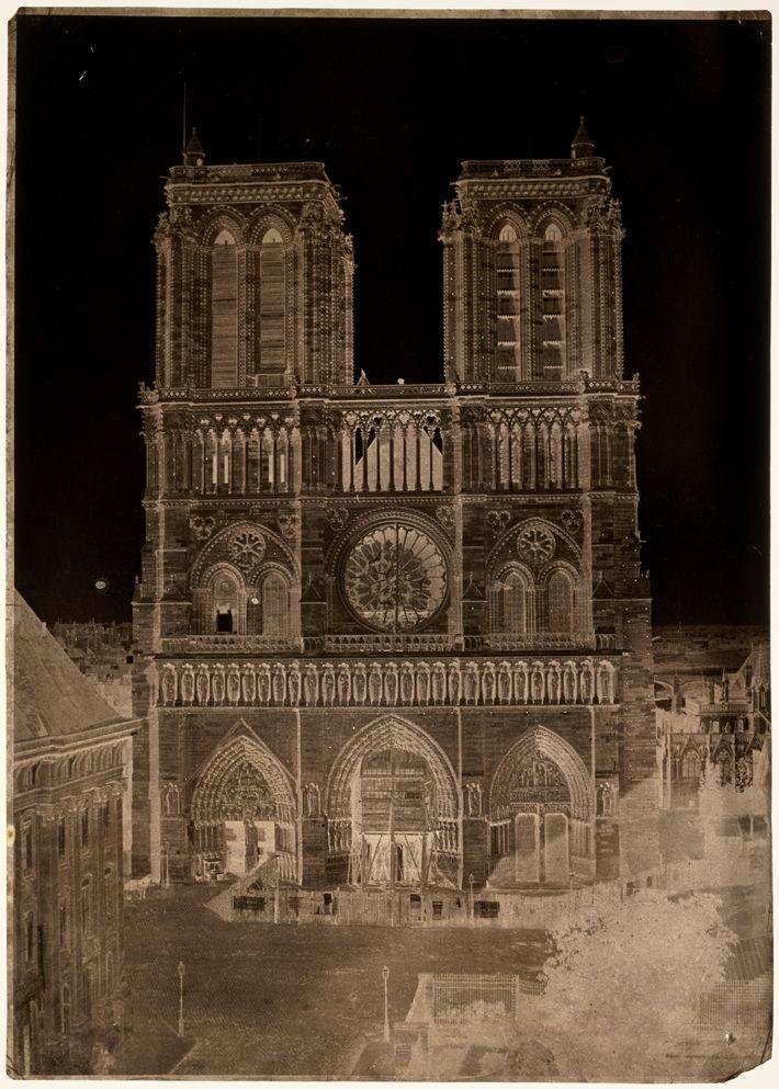 Fachada de la catedral de Notre Dame