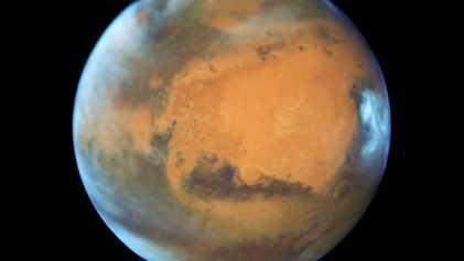La humanidad solo tiene una forma de sobrevivir: ir a Marte