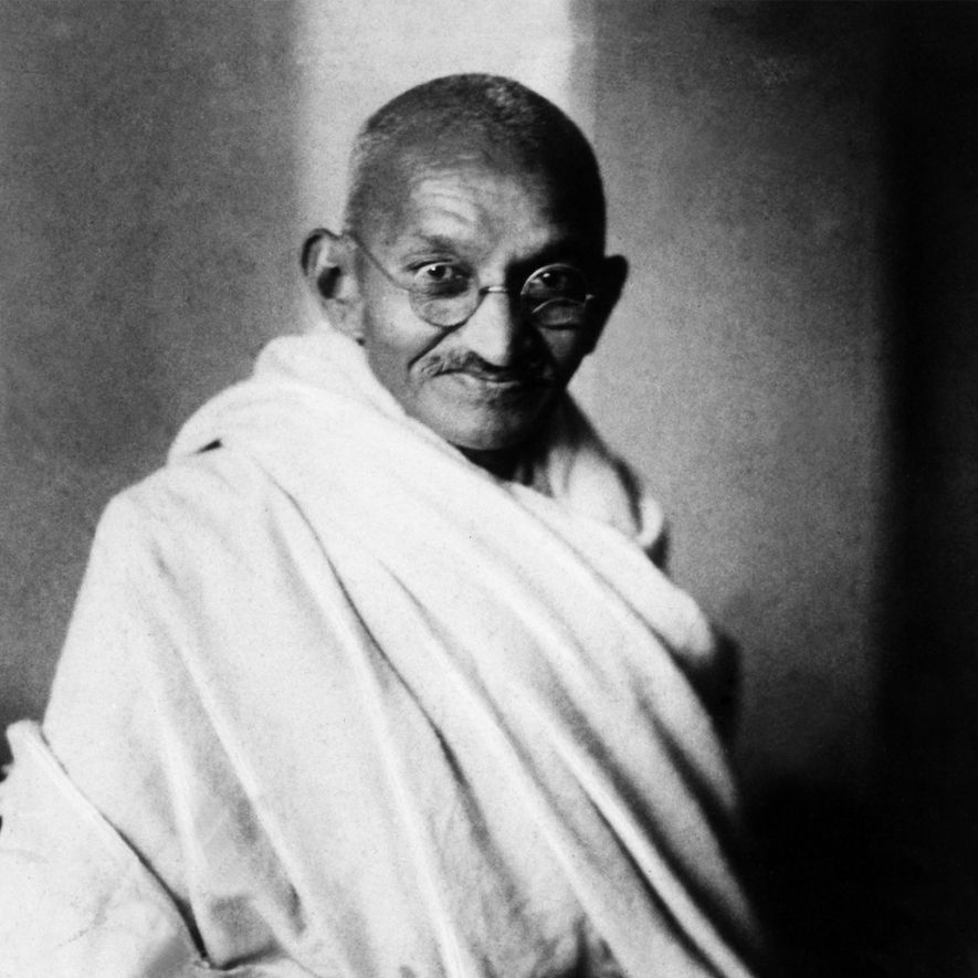 Gandhi, a quien llamaban Mahatma, que significa «gran alma» o «santo» en sánscrito, ayudó a que ...