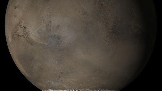 Marte podría ocultar un sistema de lagos bajo sus glaciares
