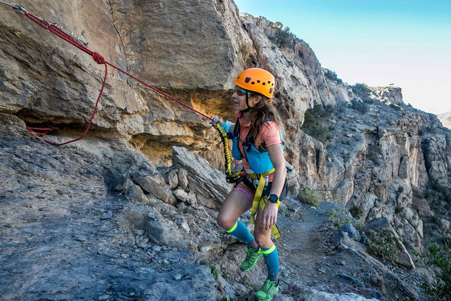 La mayor parte de las carreras no incluyen ascensos difíciles por paredes de roca o agarrarse ...