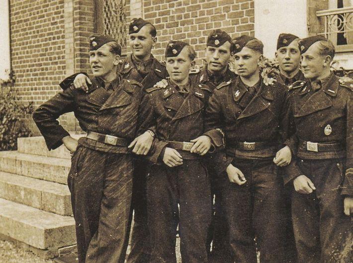 Soldados panzer Hitlerjugend