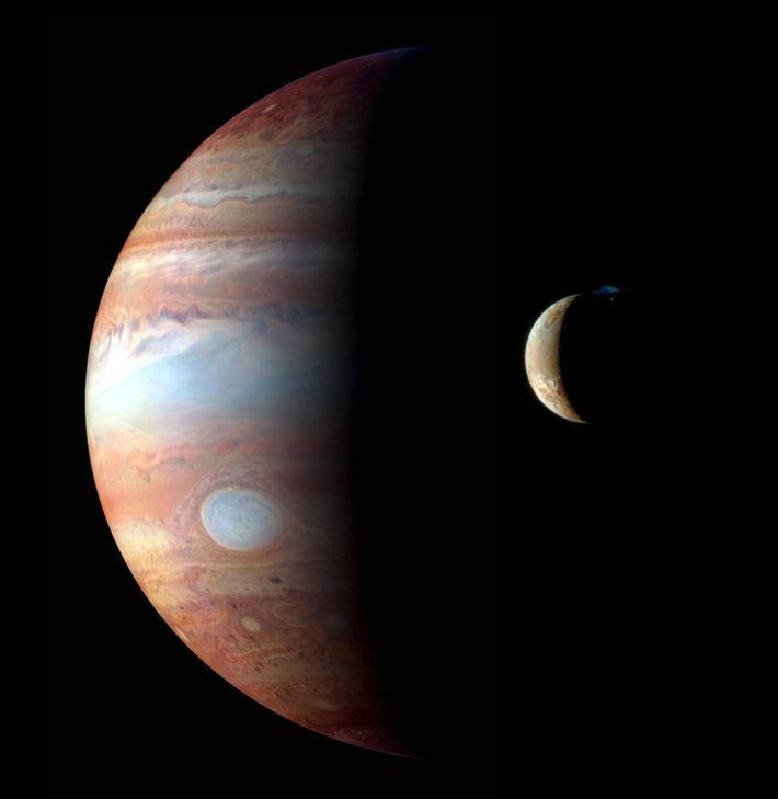 Imagen de la luna de Júpiter, Ío