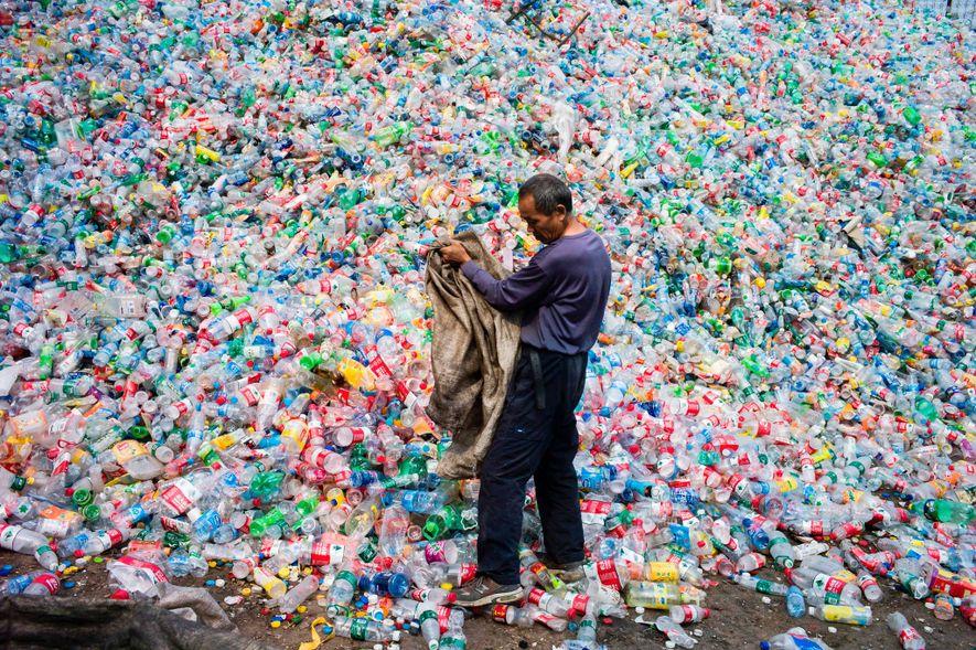El Congreso acuerda prohibir los plásticos de un solo uso en 2020