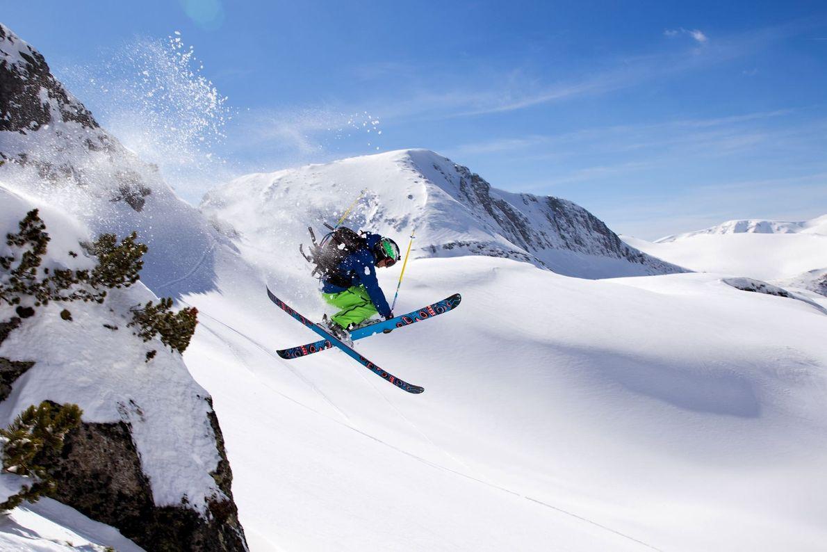 Picture of skiier at the Rila mountain range in Bulgaria