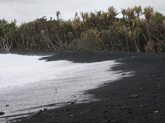 Esta nueva playa hawaiana ya está contaminada con fragmentos de plástico