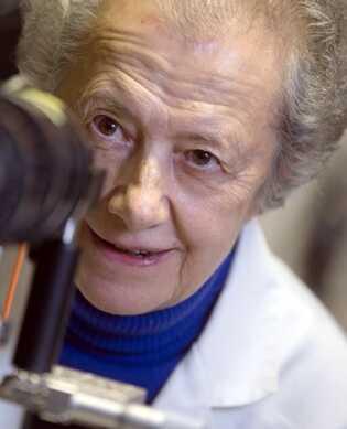 María Josefa Yzuel ha sido una pionera y referente para las científicas al convertirse en la primera ...