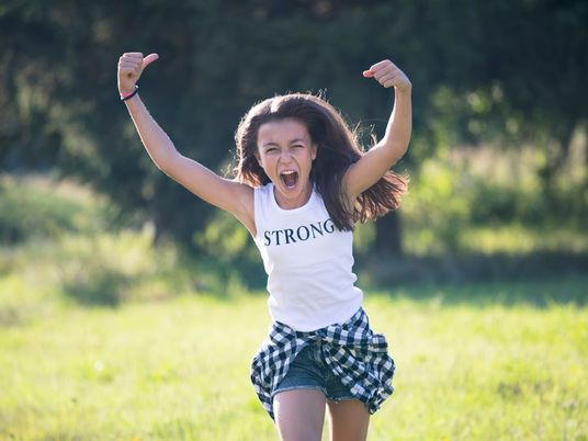 Así puedes ayudar a tus hijos a enfrentarse a la adversidad