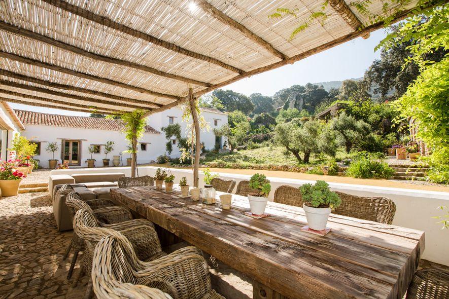 En Andalucía, el retiro ecológico Finca La Donaira produce la mayor parte de su comida en ...