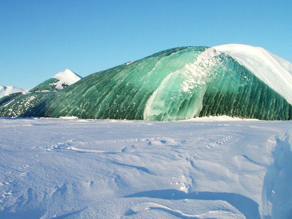 Los icebergs pueden ser de color verde esmeralda y ahora sabemos por qué