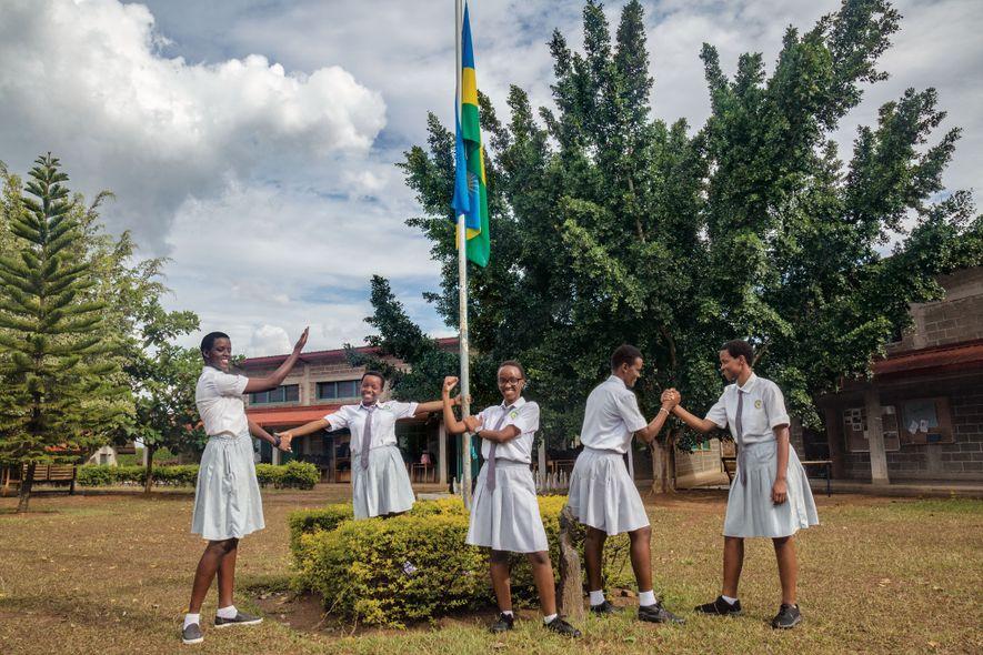 Así se esfuerzan las mujeres ruandesas por reconstruir su país