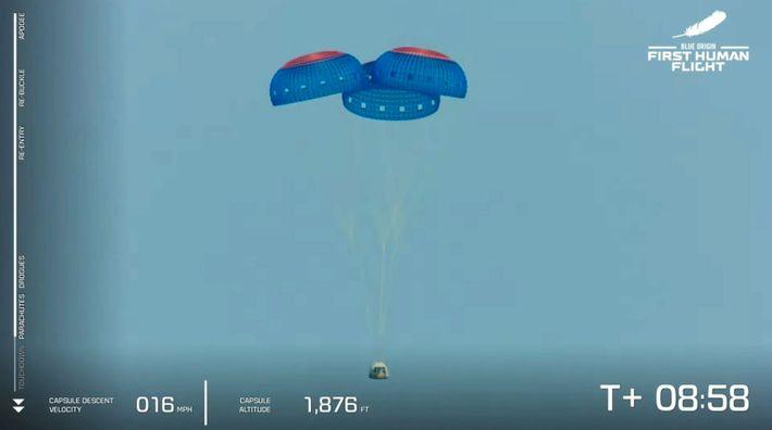 La cápsula de tripulación del New Shepard vuelve a la Tierra