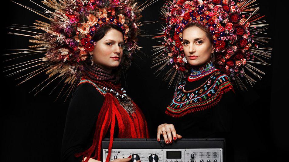 Las espectaculares coronas de flores de Ucrania: una mezcla de tradición y modernidad