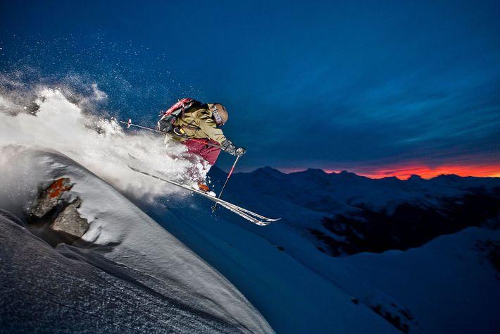 Un esquiador
