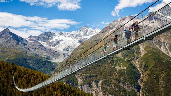 Puente colgante en Suiza