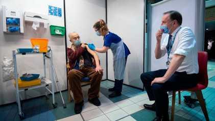 Algunos países se plantean cambiar las dosis de las vacunas para acelerar la distribución