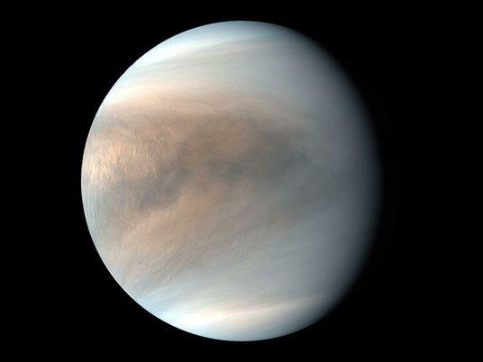 ¿Caen rayos en Venus? Un destello misterioso podría resolver este rompecabezas