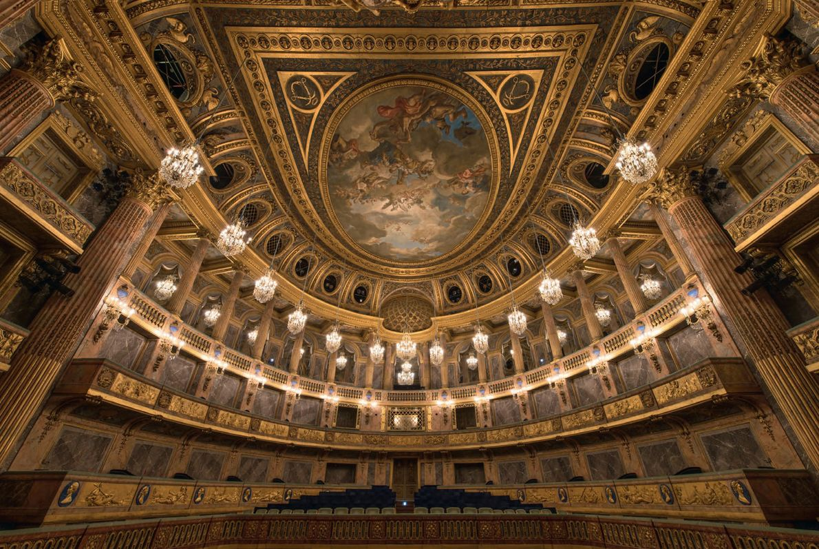 Although the Royal Opera House took 20 years to plan, it was built in less than ...