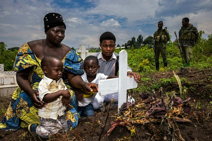 Funeral del guardabosques de Virunga Bagurubumwe Chuhoze Deogene