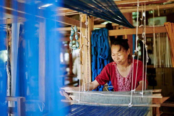 Ock Pop Tok Living Crafts Center, Laos