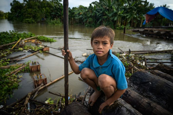 Fotografía de un niño manobo