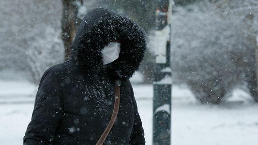 Por qué el clima frío dificulta que el cuerpo combata las infecciones respiratorias