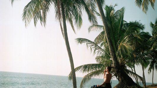 Seis lugares hermosos y salvajes donde practicar yoga
